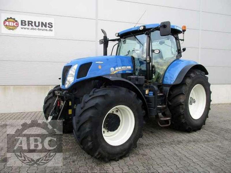 Traktor des Typs New Holland T7.250 AUTOCOMMAND, Gebrauchtmaschine in Rhede/Brual (Bild 1)