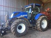 Traktor типа New Holland T7.270 AC, Gebrauchtmaschine в ISSOUDUN