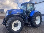 Traktor of the type New Holland T7.270 AutoCommand Affjedret foraksel + frontlift, Gebrauchtmaschine in Vejle
