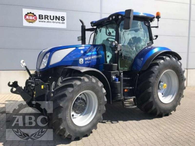 Traktor des Typs New Holland T7.270 AUTOCOMMAND MY19, Neumaschine in Aurich (Bild 1)