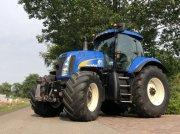 New Holland T8030 Ciągnik