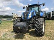 Traktor des Typs New Holland T8.300 mit nur 5000 Stunden, neue Reifen, Gebrauchtmaschine in Rittersdorf