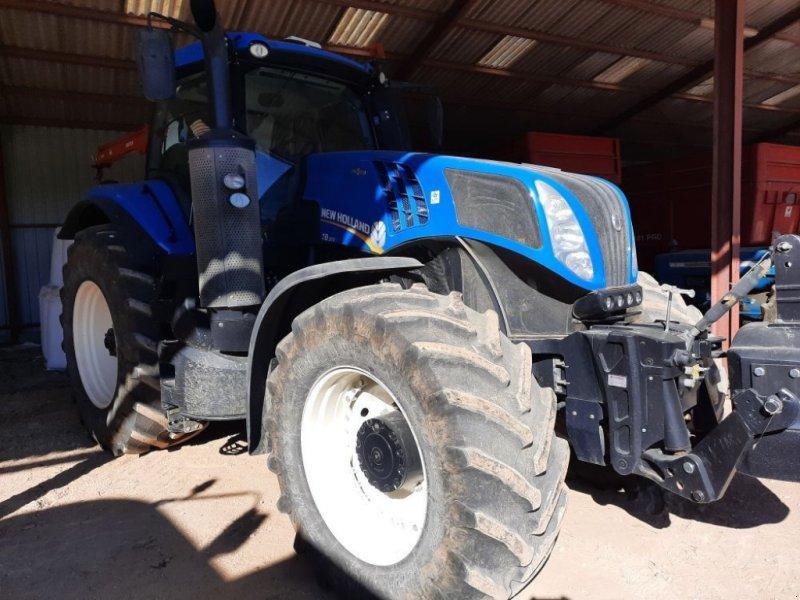 Traktor des Typs New Holland T8.320, Gebrauchtmaschine in CHAUMONT (Bild 1)