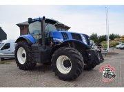 New Holland T8.330 Traktor