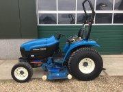 Traktor типа New Holland TC27D super steere, Gebrauchtmaschine в Beuningen gld