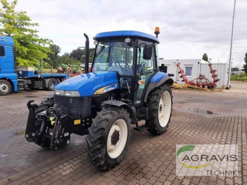 Traktor des Typs New Holland TD 5010, Gebrauchtmaschine in Calbe / Saale (Bild 1)