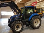 Traktor des Typs New Holland TD 5.115 in Peine