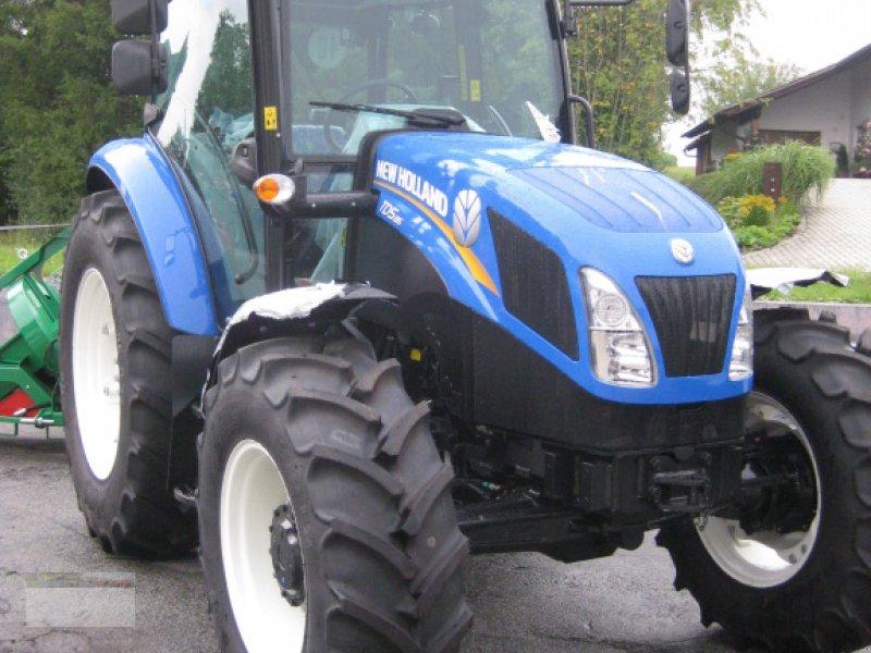 Traktor des Typs New Holland TD 5.85, Neumaschine in Fürsteneck (Bild 1)