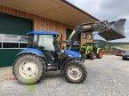Traktor des Typs New Holland TD 90 D in Schlüsselfeld-Elsend