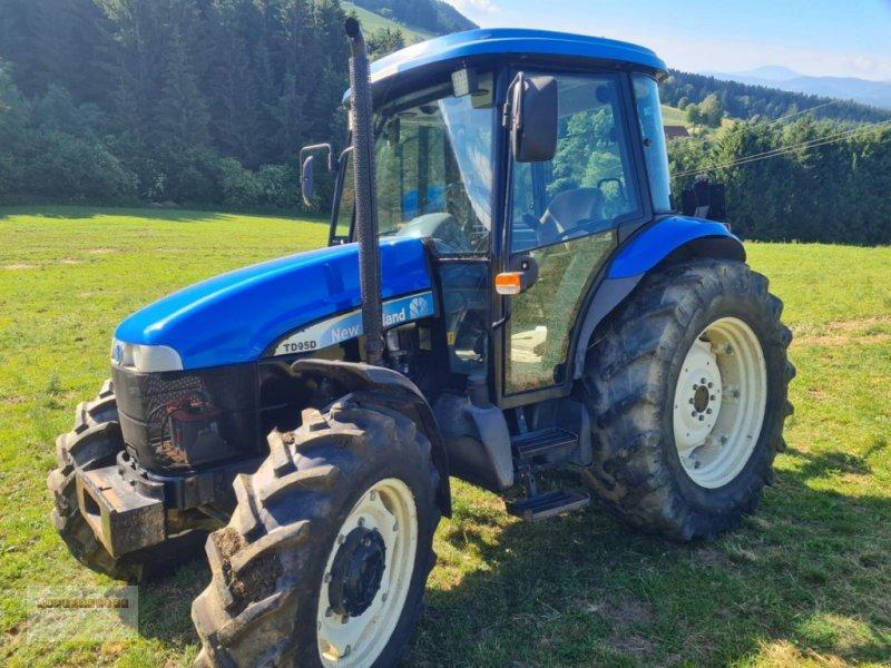 Traktor des Typs New Holland TD 95 D, Vorführmaschine in Tarsdorf (Bild 1)