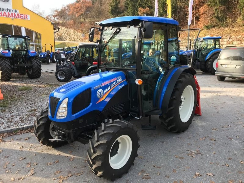 Traktor des Typs New Holland TD3.50, Neumaschine in Burgkirchen (Bild 1)