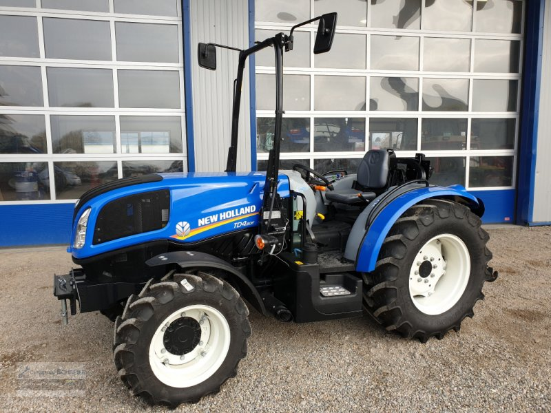 Traktor des Typs New Holland TD4.80F, Neumaschine in Lichtenau Stadtgebiet (Bild 1)