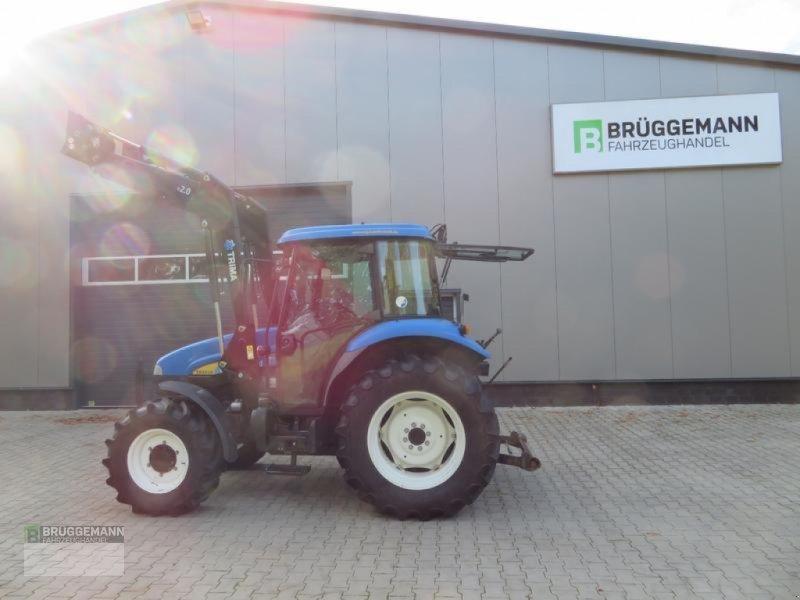 Traktor des Typs New Holland TD5010 mit Industriefrontlader+Druckluftanlage, Gebrauchtmaschine in Meppen (Bild 1)