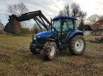 Traktor des Typs New Holland TD5010 in Steinbach