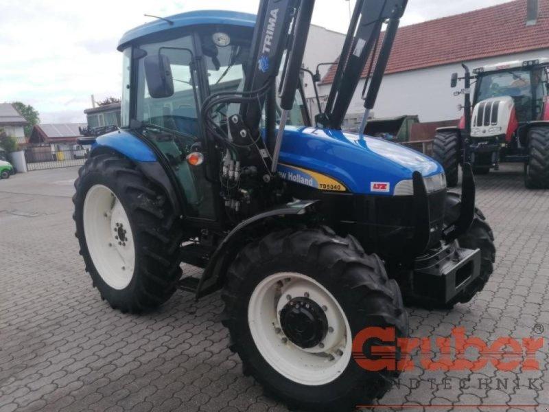 Traktor типа New Holland TD5040 Allrad, Gebrauchtmaschine в Ampfing (Фотография 1)