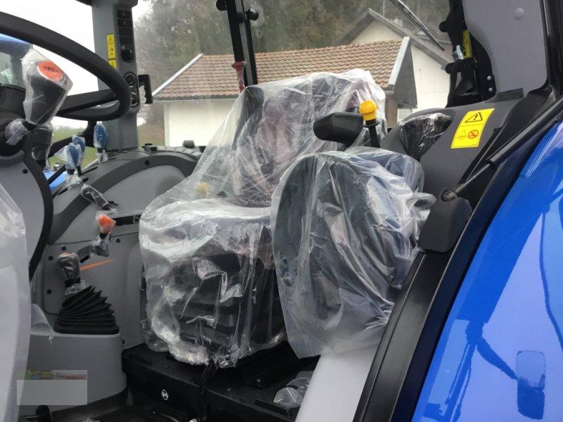 Traktor des Typs New Holland TD5.85, Neumaschine in Fürsteneck (Bild 2)