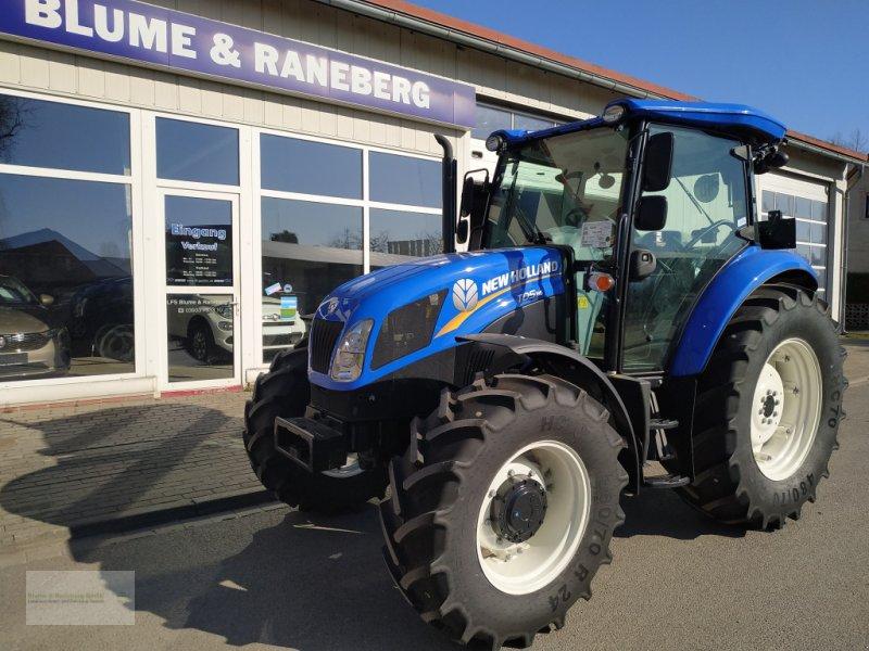 Traktor des Typs New Holland TD5.85, Neumaschine in Genthin (Bild 1)