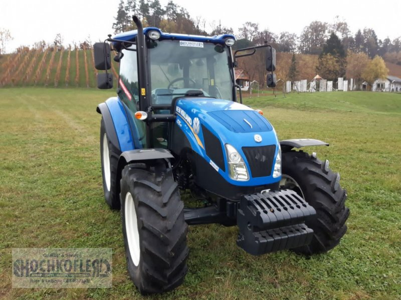 Traktor des Typs New Holland TD5.95 (Tier 4A), Neumaschine in Wies (Bild 1)