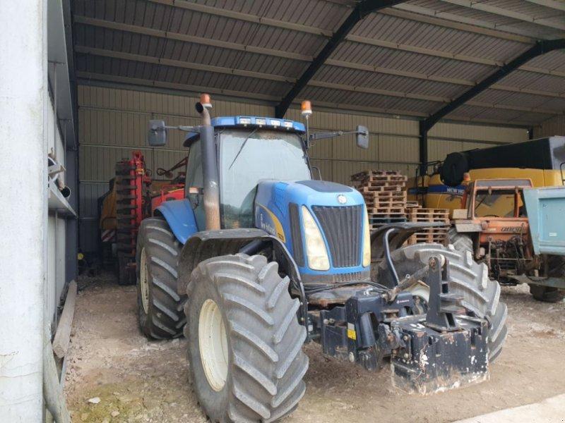 Traktor типа New Holland TG 230, Gebrauchtmaschine в CHAUMONT (Фотография 1)