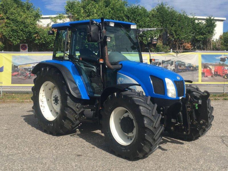 Traktor des Typs New Holland TL100A (4WD), Gebrauchtmaschine in Villach (Bild 1)