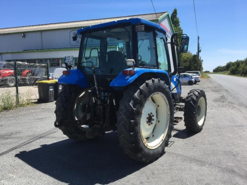 Traktor типа New Holland TL100A, Gebrauchtmaschine в Saint suplice le ver (Фотография 4)