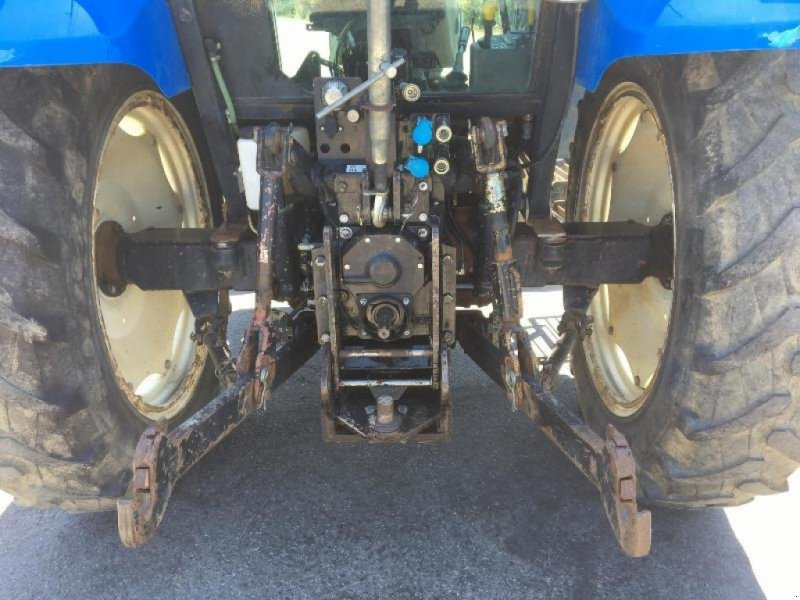 Traktor типа New Holland TL100A, Gebrauchtmaschine в Saint suplice le ver (Фотография 5)