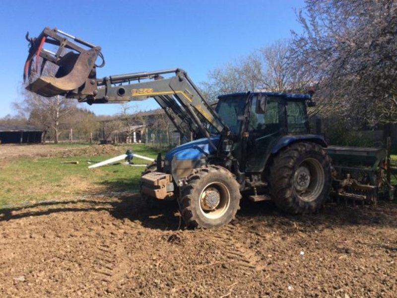 Traktor типа New Holland TL80, Gebrauchtmaschine в Wargnies Le Grand (Фотография 1)