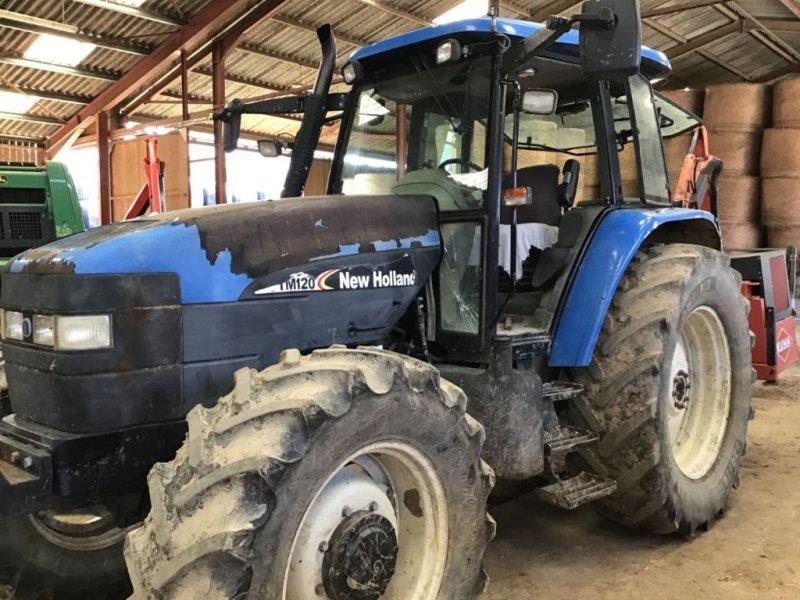 Traktor des Typs New Holland TM 120, Gebrauchtmaschine in SAINT LOUP (Bild 1)