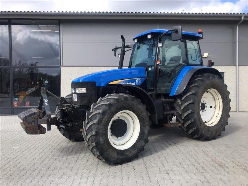 Traktor a típus New Holland TM 155 TG står i Karlslunde Sjælland, Gebrauchtmaschine ekkor: Aalborg SV (Kép 1)