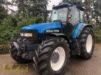 Traktor des Typs New Holland TM 165 in Steinau-Rebsdorf