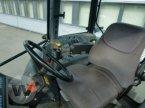 Traktor des Typs New Holland TM 165 in Börm