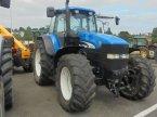 Traktor des Typs New Holland TM 175 en Logroño la Rioja