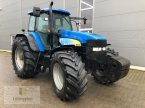 Traktor des Typs New Holland TM 175 in Neuhof - Dorfborn