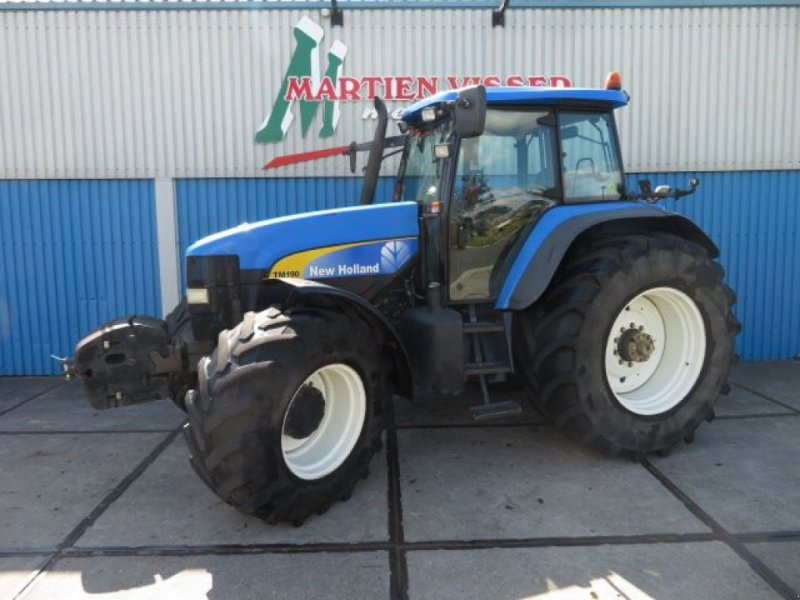 Bild New Holland TM 190 tractor