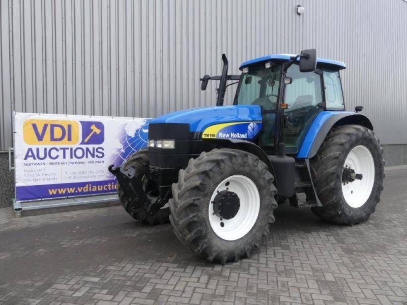 Traktor типа New Holland TM 190, Gebrauchtmaschine в Deurne (Фотография 1)