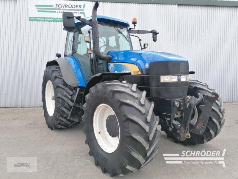 Traktor des Typs New Holland TM 190, Gebrauchtmaschine in Wildeshausen (Bild 1)