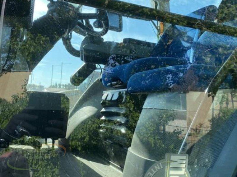 Traktor des Typs New Holland TM 8.420, Gebrauchtmaschine in Gera (Bild 3)