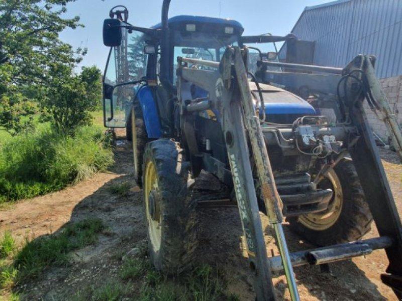 Traktor типа New Holland TM130, Gebrauchtmaschine в CHAUMONT (Фотография 1)