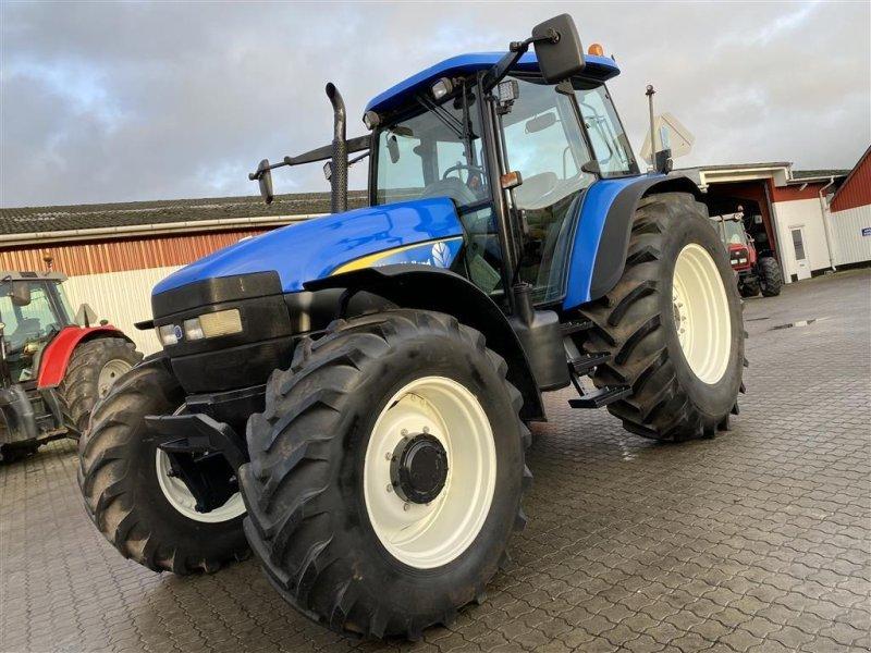 Traktor a típus New Holland TM140 PÅ VEJ HJEM!, Gebrauchtmaschine ekkor: Aalestrup (Kép 1)