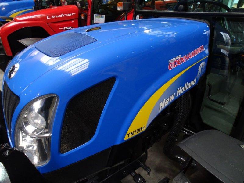 Traktor des Typs New Holland TN-D 70 A DeLuxe, Gebrauchtmaschine in Burgkirchen (Bild 1)