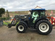 New Holland TN70D Traktor