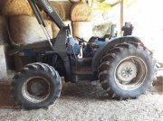 New Holland TND 75 Traktor