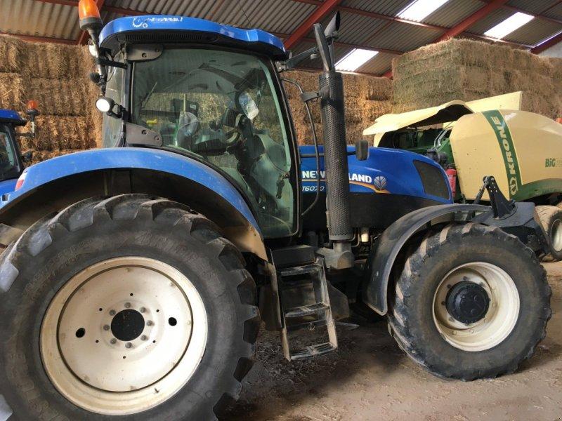 Traktor типа New Holland Tracteur agricole T 6070 Active Power Command New, Gebrauchtmaschine в roynac (Фотография 1)