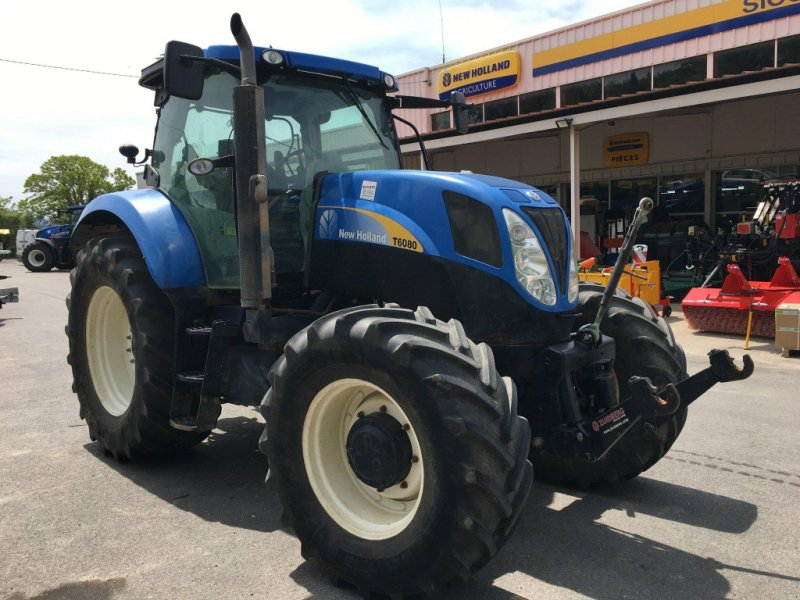 Traktor типа New Holland Tracteur agricole T6080 ACTIVE POWER COMMAND New H, Gebrauchtmaschine в roynac (Фотография 1)