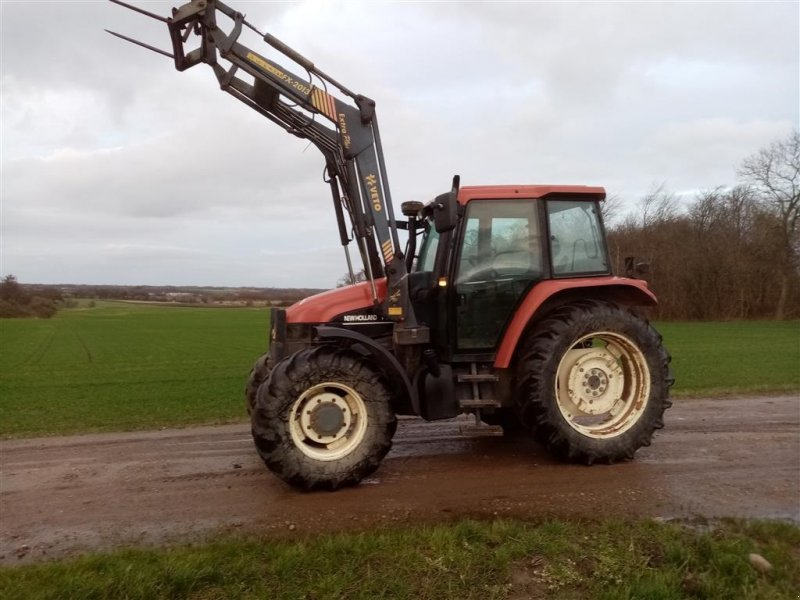 Traktor a típus New Holland TS 115 SL DP med Veto frontlæsser, Gebrauchtmaschine ekkor: Skive (Kép 1)