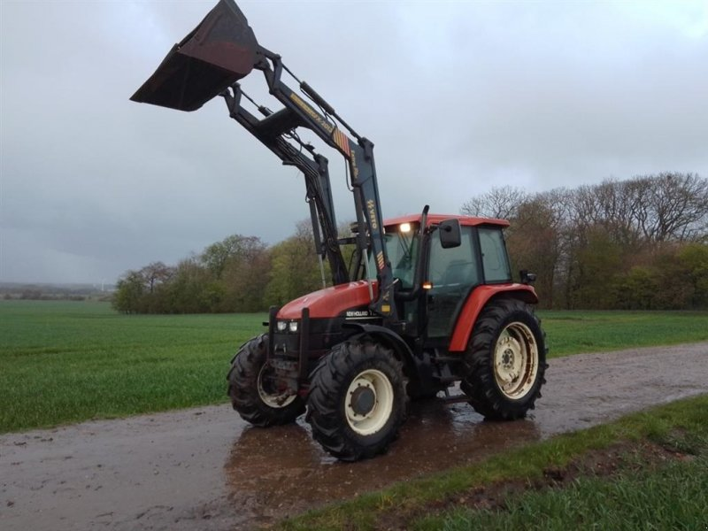 Traktor typu New Holland TS 115 SL DP Med Veto FX 2013 Ekstra frontlæsser, Gebrauchtmaschine w Skive (Zdjęcie 1)