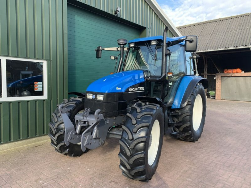 Traktor типа New Holland Ts 115, Gebrauchtmaschine в Daarle (Фотография 1)