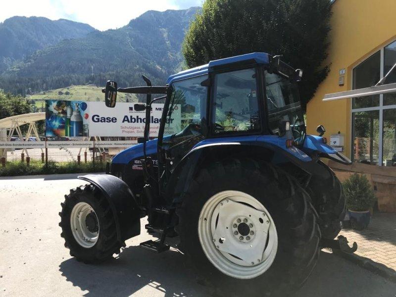 Traktor des Typs New Holland TS 90 ElectroShift, Gebrauchtmaschine in Burgkirchen (Bild 2)