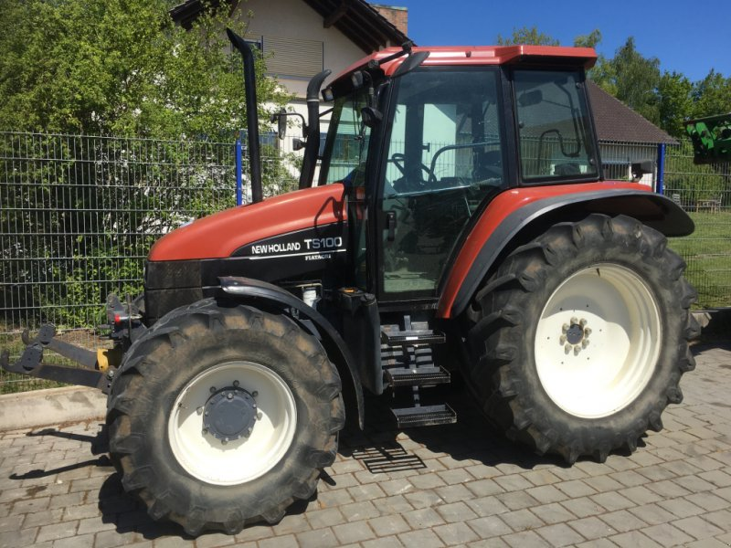 Traktor des Typs New Holland TS100 mit 98PS FH FZ DL 40km/h in Top Zustand, Gebrauchtmaschine in Amerbach (Bild 1)