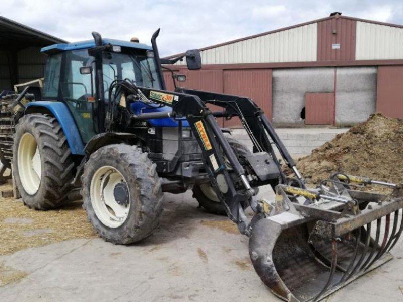 Traktor типа New Holland TS100, Gebrauchtmaschine в CHAUMONT (Фотография 1)